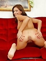 Gorgeous hot babe Jada totally naked on the sofa and flaunts her phat tight ass